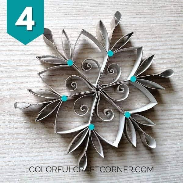 Toilet paper rol snowflake ornament