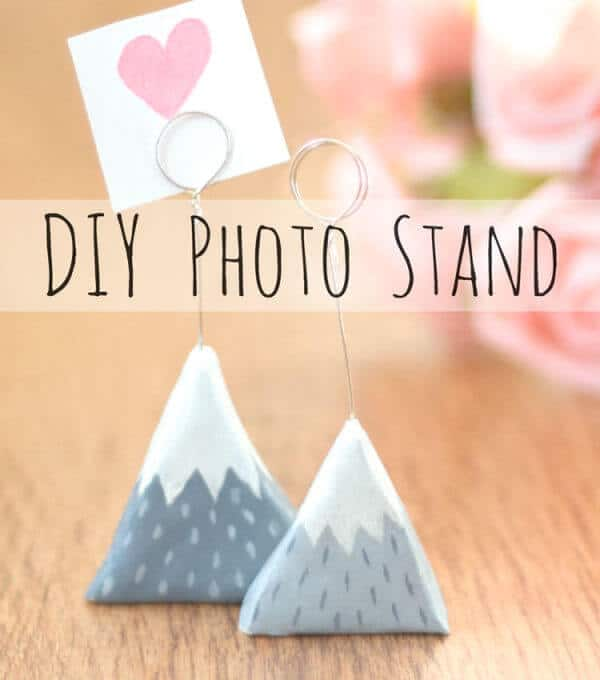 clay mountain photo stand