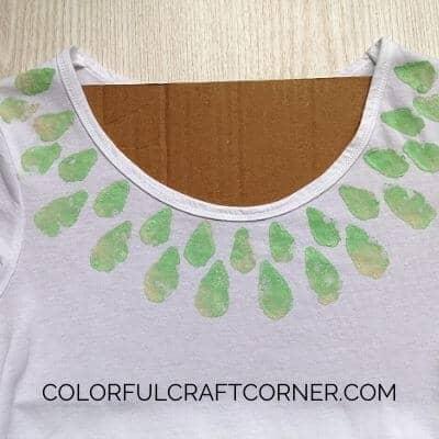 easy T-shirt painting idea